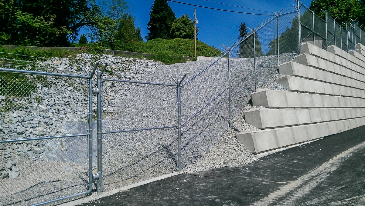 Custom Commercial Chain Link Fencing